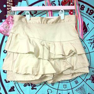 Umgee Shorts Skirt Khaki Medium Ruffle BNWOT